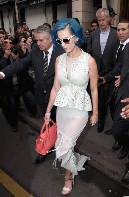 Katy_Perry_Paris_Moda_Haftası
