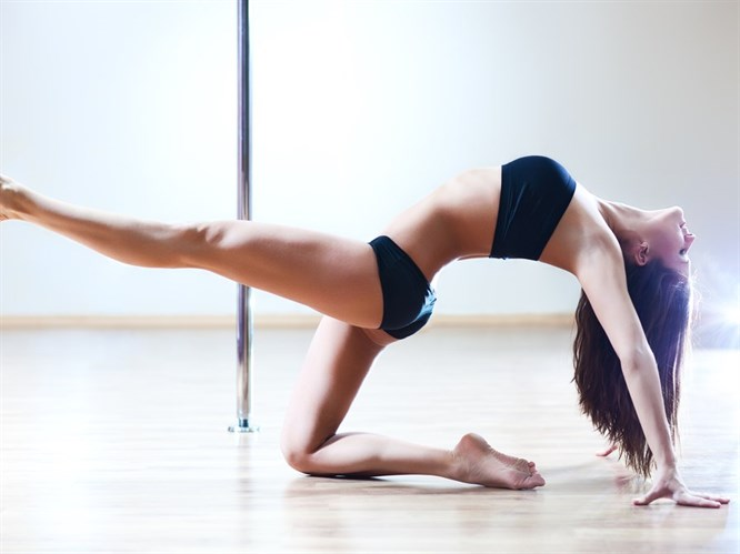 Değişik Bir Hobi Edinin: Direk Dansı