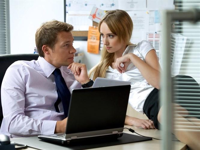 Ofis aşkı: Yaşayanlar anlatıyor gerçekten iyi bir fikir mi?
