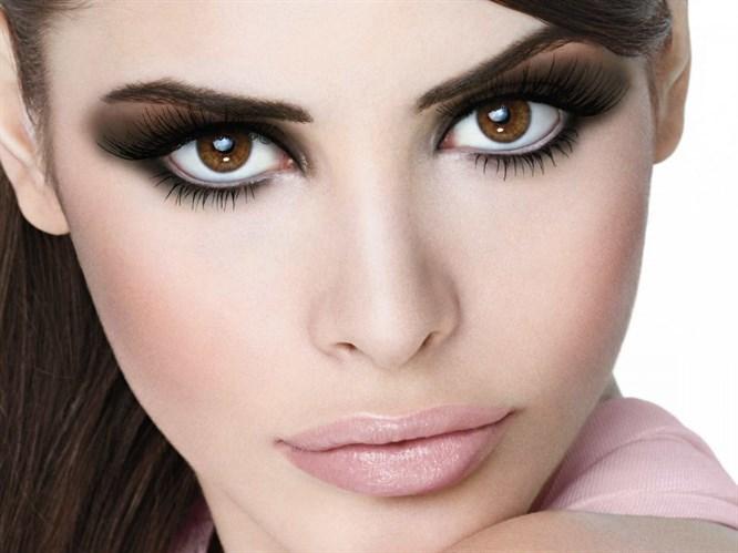 Kahverengi göze nasıl makyaj yapılır?