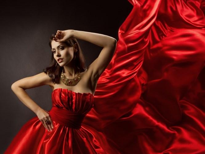 Kırmızı Nasıl Giyilir?