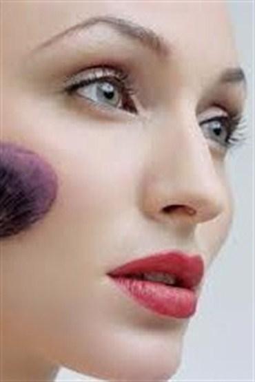 Kadınların Makyaj İstatistikleri