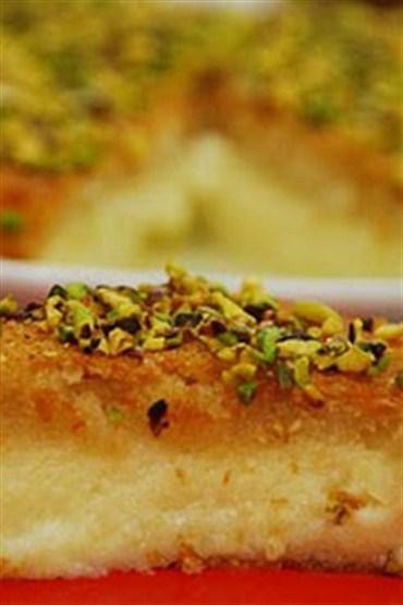 İrmikli ekmekli saray tatlısı