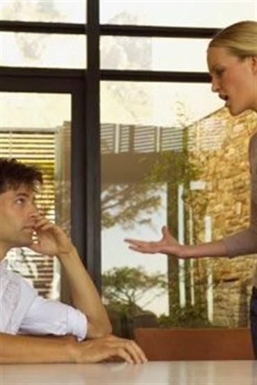 Beden dilinizle 'sen' değil, 'ben' mesajı verin!