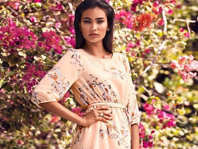 Renkli ve keyifli yaz modası
