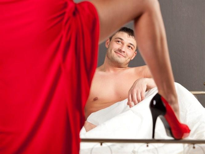 seks-v-mashine-s-sisyastoy-video