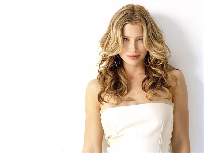 Doğal ve cazibeli güzel; Jessica Biel