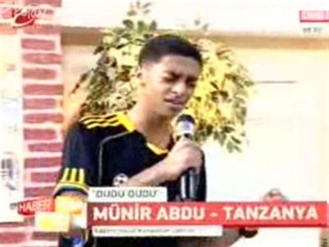 Tarkan'ın şarkısıyla ağızları açık bıraktı! (Video)