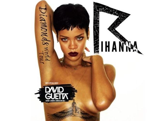 Rihanna'nın göğüslerine sansür