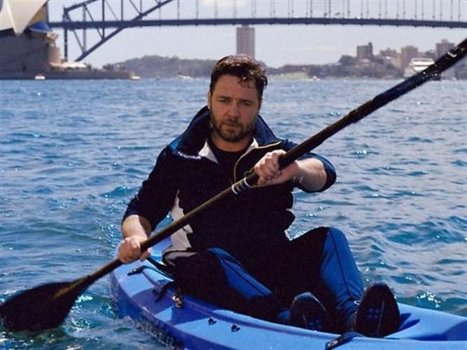 Russell Crowe ölümden döndü