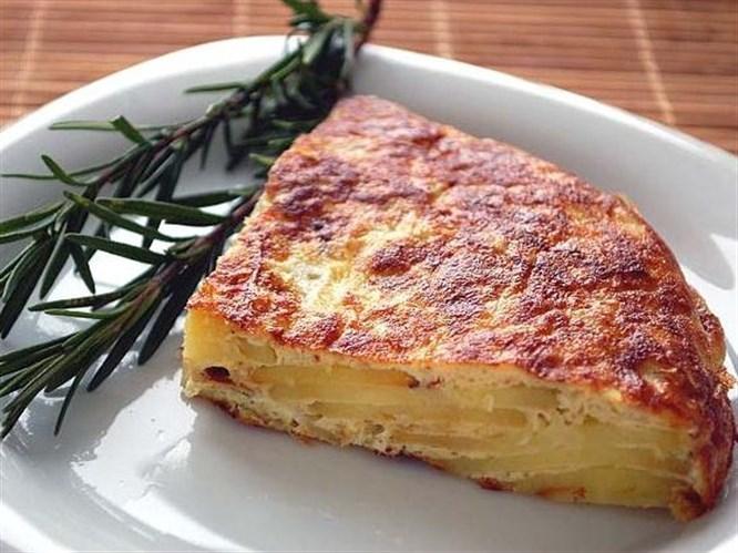 Patatesli omlet