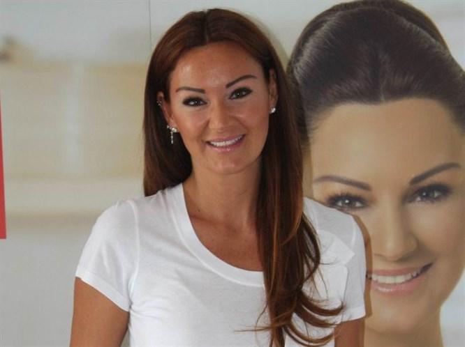 Pınar Altuğ'dan Ivana'ya: Sunuculuk yapmasın