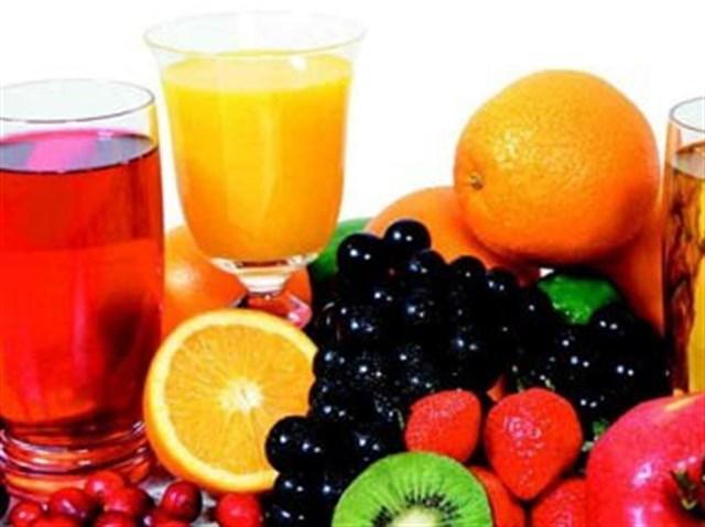 Cilt yenileyen doğal meyve suları