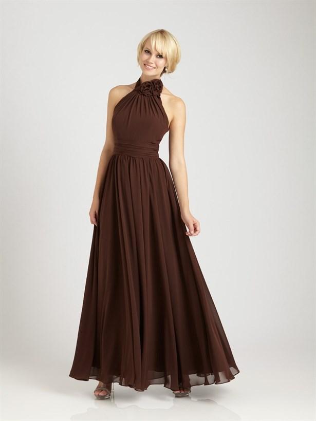 kahverengi elbise bd54a182 94e2 49d4 b026 acb154b4fe32 1 - Sade ��kl�k: Kahverengi Elbiseler!