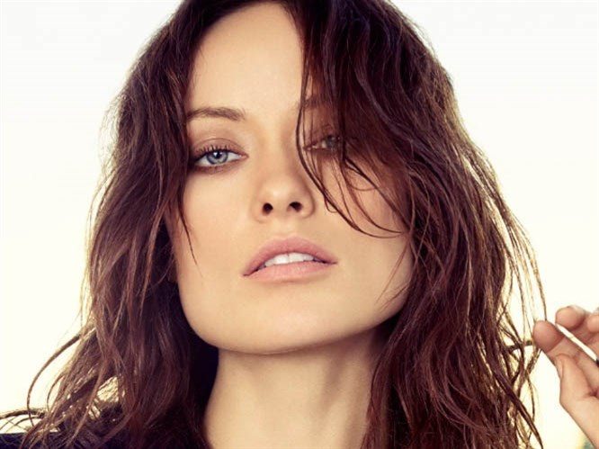 Olivia Wilde'nin makyajını yapmak çok kolay!