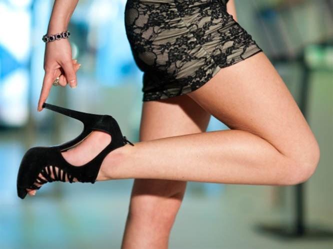 Topuklu ayakkabıyla seksi olmanın zorlukları