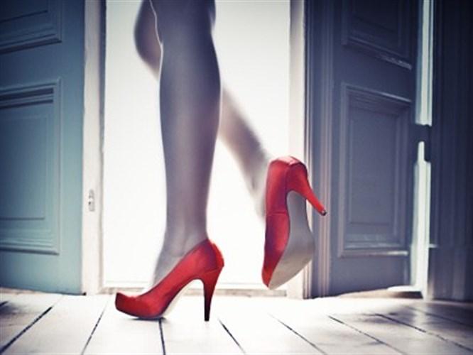 Topuklu Ayakkabıları Sağlıklı Giymenin Püf Noktaları!