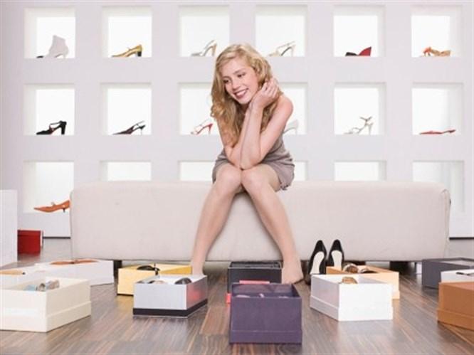 Aşklar da ayakkabılar gibidir