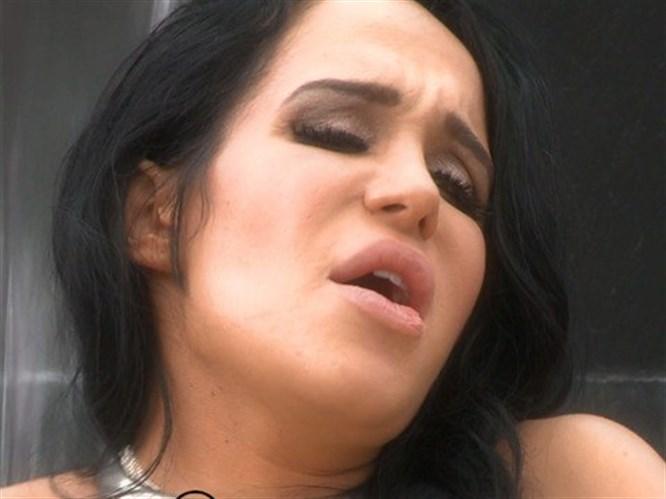 Porno filminin fragmanı yayınlandı (Video)