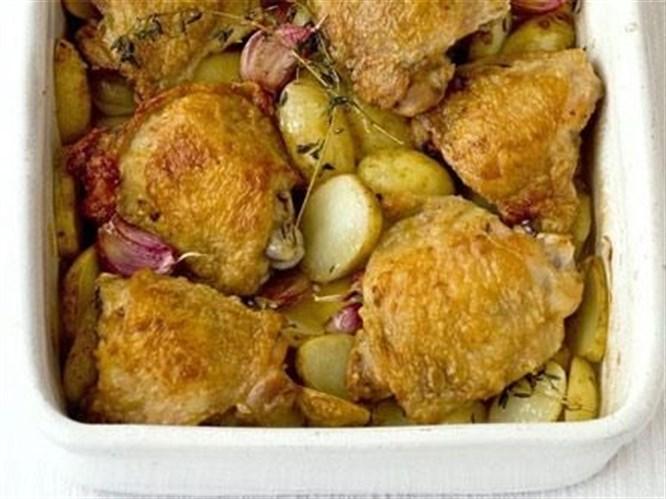 İspanya Mutfağı'ndan fırında sarımsaklı tavuk