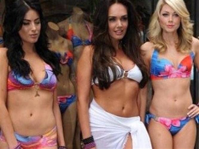 Ecclestone hayırlı bir iş için bikini giydi!