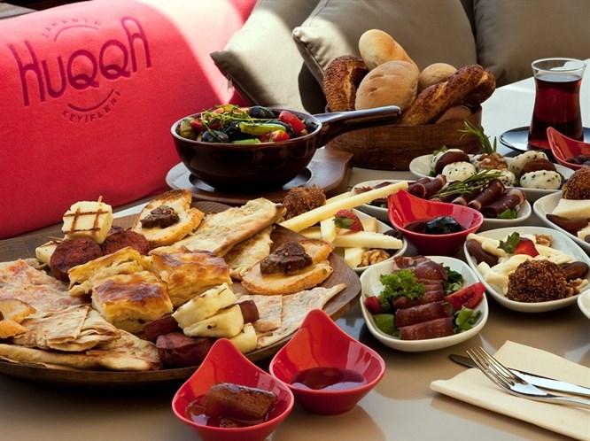 Boğaz'da keyfin ve lezzetin yeni adresi; HUQQA!