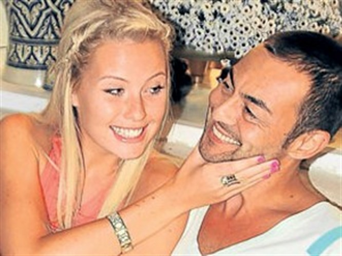 Serdar Ortaç öyle bir evlenme teklif etti ki!
