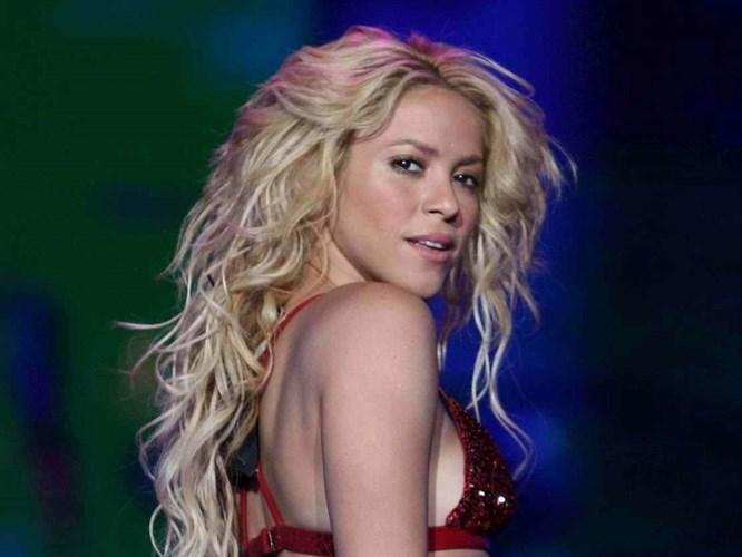Shakira'dan Kürtçe açıklaması