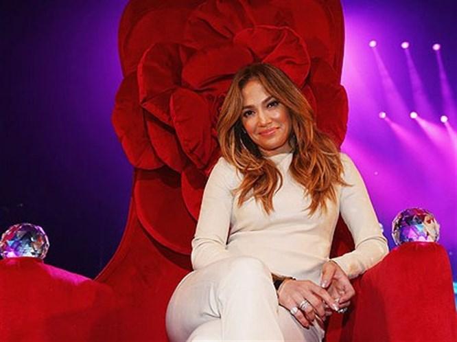 Jennifer Lopez'e Osmanlı tahtı!