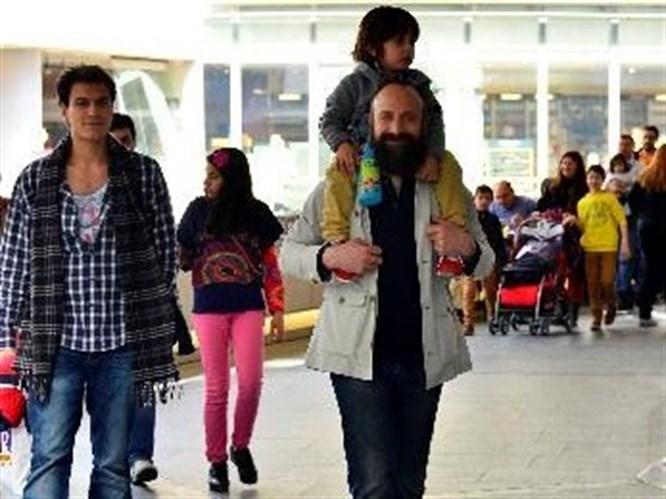Ünlü babalar İstanbul turunda
