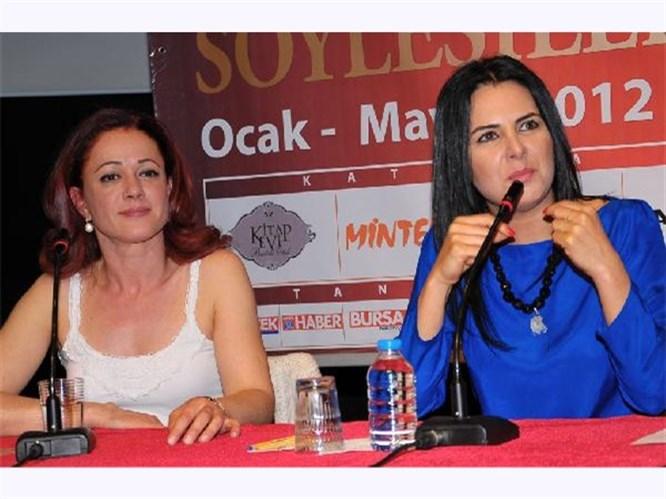 'Umutsuz Ev kadınları' oyuncuları Bursa'da hayranlarıyla buluştu