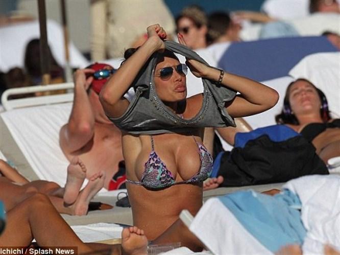 Berlusconi'nin gözdesi sere serpe