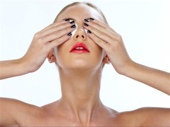 Yorgun gözler için makyaj taktikleri