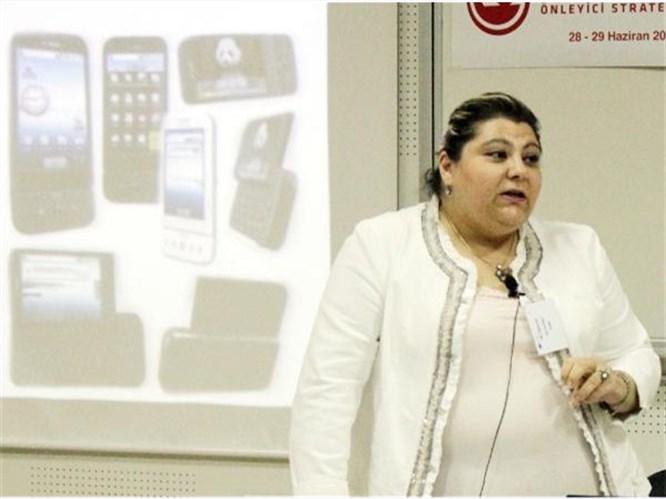 CEP TELEFONU ŞİDDETİ ARTIRIYOR