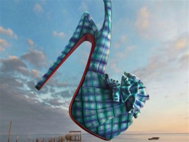 Christian Louboutin 2013 Ayakkabıları'ndan kendi tarzına uygun olanı seç!