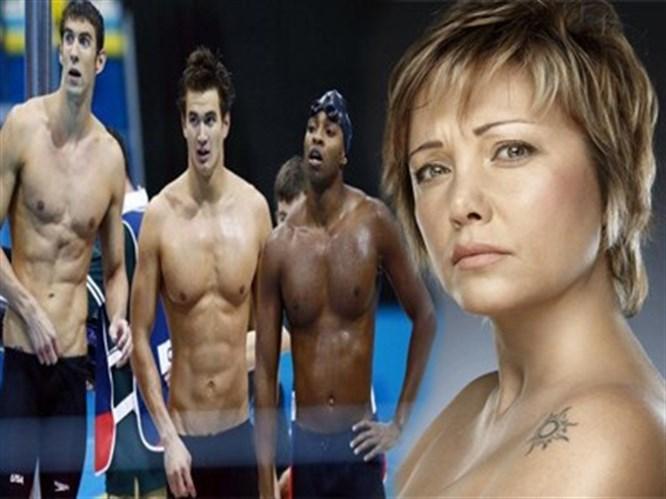 Erkek yüzücülerin vücutları şahane