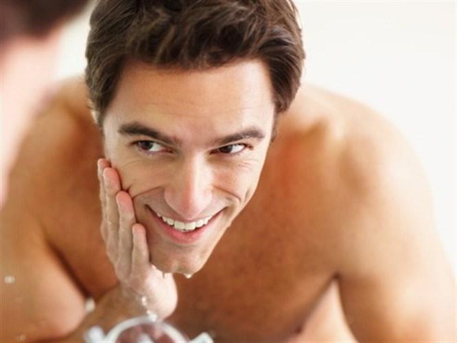 Tıraşlı erkek seviliyor!