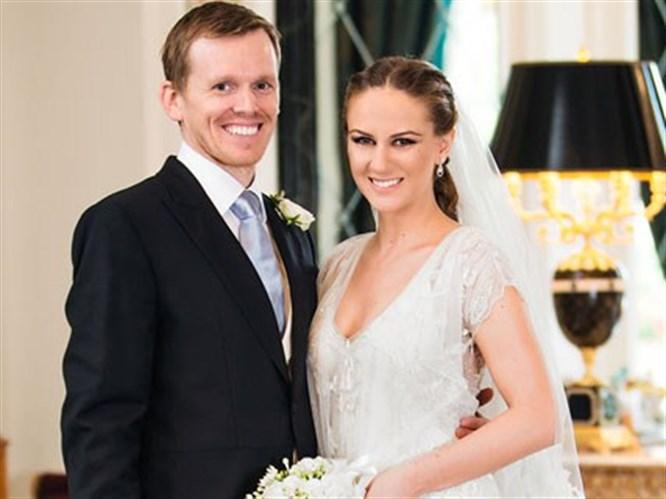 Kilisede nikah sarayda düğün