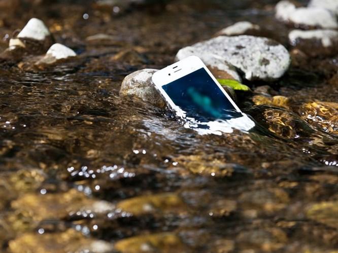 Telefonunuz Suya Düştüğünde Yapmanız Gerekenler