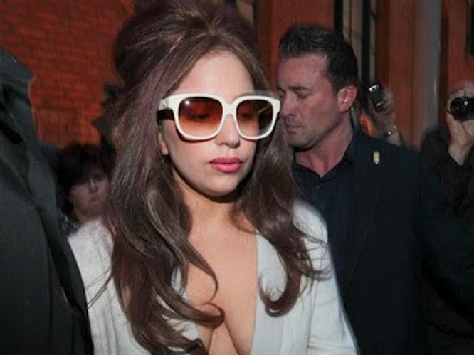 Gaga sadeliğiyle şaşırttı