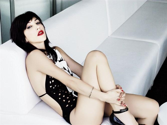 Hande'nin ayağına Madonna imzası