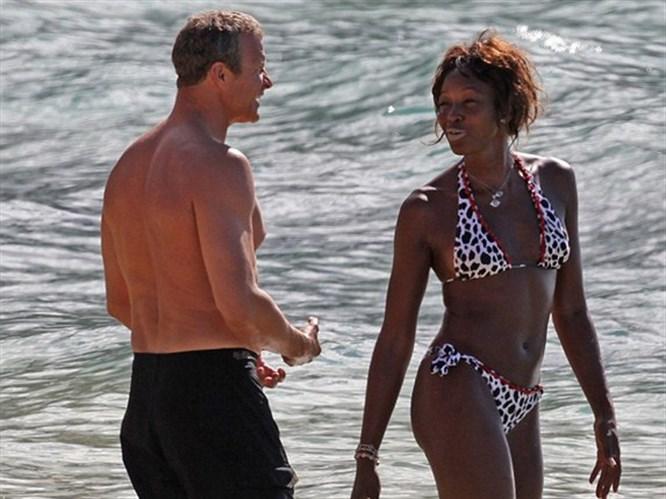 Naomi tatilde görüntülendi