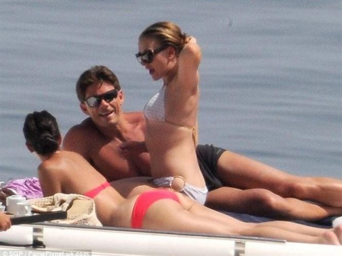 Scarlett'in tatili böyle olur