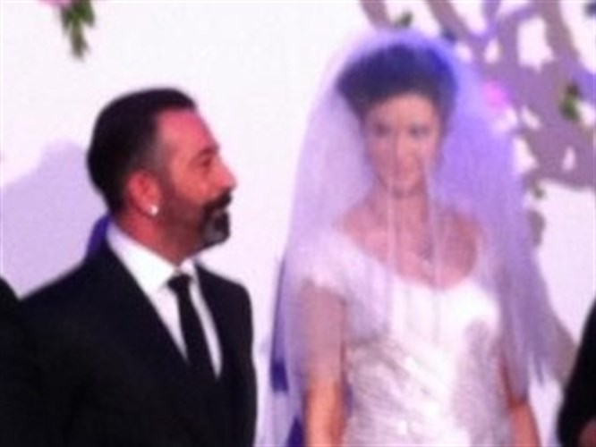 Cem Yılmaz evlendi!