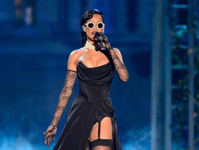 Rihanna Türkiye'yi salladı!