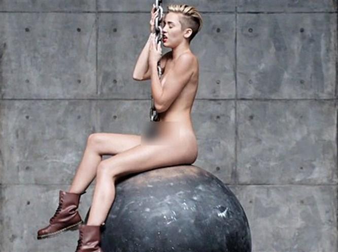 Miley iyice abarttı