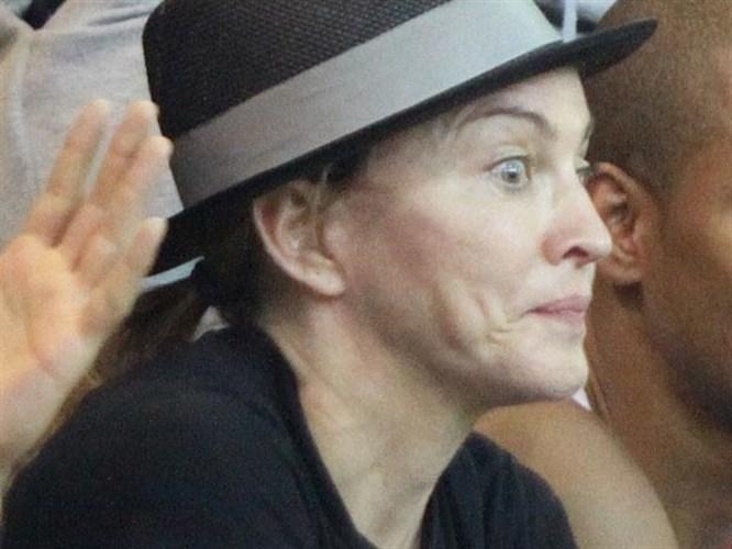 Makyajsız Madonna şaşırttı