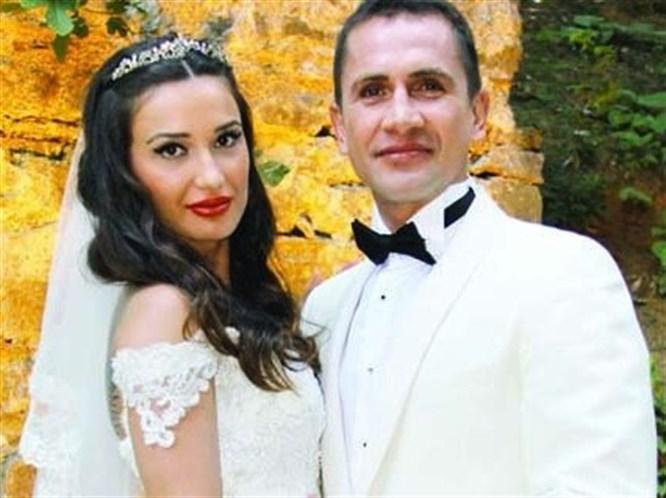Emre Aşık evlendi
