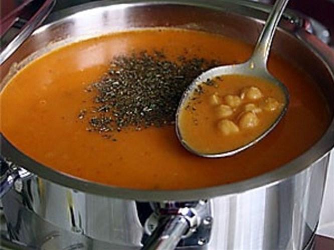 Nohutlu ezogelin çorbası