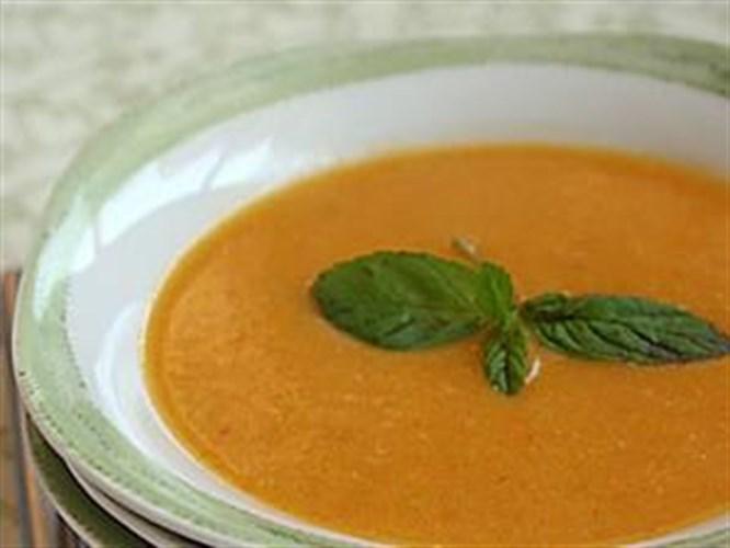 Çorba ile az kalori, çok sıvı alın